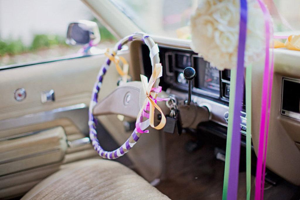 El coche de vuestra boda hacienda nadales - Decoracion interior coche ...